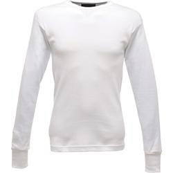 Textiel Heren T-shirts met lange mouwen Regatta  Wit