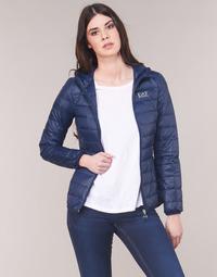 Textiel Dames Dons gevoerde jassen Emporio Armani EA7 TRAIN CORE LADY LT DOWN JACKET Marine