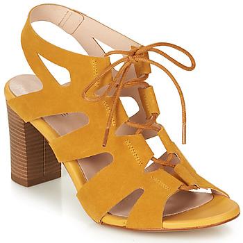 Schoenen Dames Sandalen / Open schoenen André ROMANESQUE Geel