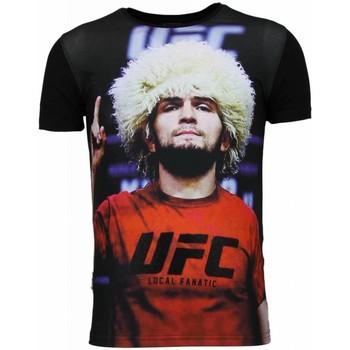 Textiel Heren T-shirts korte mouwen Local Fanatic UFC Campion Khabib Nurmagomedov Zwart
