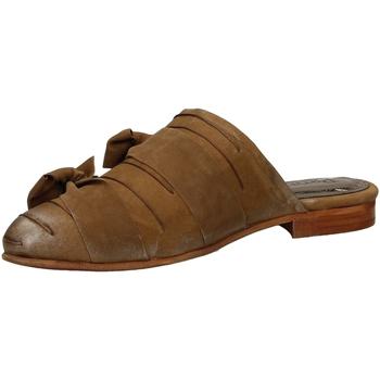 Schoenen Dames Klompen Papucei DEBBIE brown-marrone