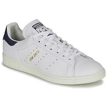Schoenen Lage sneakers adidas Originals STAN SMITH Wit / Blauw