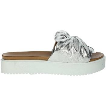 Schoenen Dames Leren slippers Donna Style 19-281 Silver