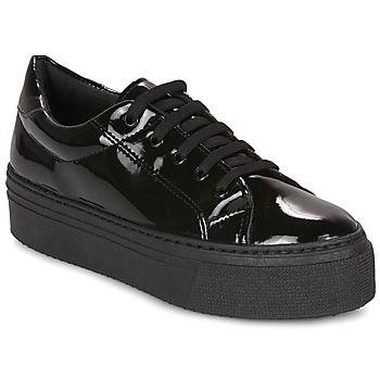 Schoenen Dames Lage sneakers André SODA Zwart / Lak