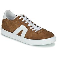 Schoenen Heren Lage sneakers André GILOT Camel