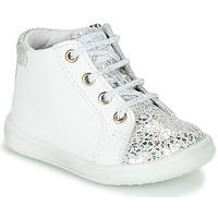 Schoenen Meisjes Hoge sneakers GBB FAMIA Wit / Zilver