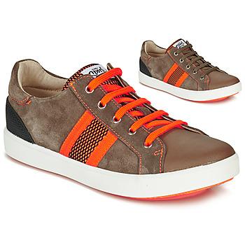 Schoenen Jongens Lage sneakers GBB ANTENO Bruin / Oranje