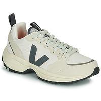 Schoenen Lage sneakers Veja VENTURI Wit / Grijs