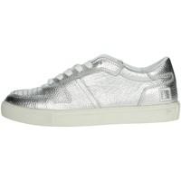 Schoenen Dames Lage sneakers Date E20-9 Silver