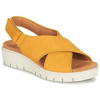 Schoenen Dames Sandalen / Open schoenen Clarks UN KARELY SUN Mosterd