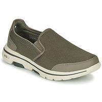 Schoenen Heren Instappers Skechers GO WALK 5 Kaki