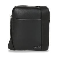Tassen Heren Tasjes / Handtasjes Calvin Klein Jeans CK BOMBE' FLAT CROSSOVER Zwart