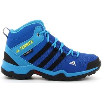Schoenen Jongens Lage sneakers adidas Originals TERREX AX2R MID azul bleu