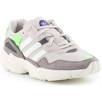 Schoenen Heren Lage sneakers adidas Originals Adidas Yung-96 F97182 beige