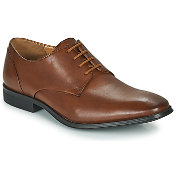 Schoenen Heren Derby Clarks GILMAN PLAIN Bruin