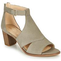 Schoenen Dames Sandalen / Open schoenen Clarks KAYLIN60 GLAD Taupe