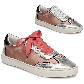 Schoenen Dames Lage sneakers André LA VOLTIGEUSE Roze