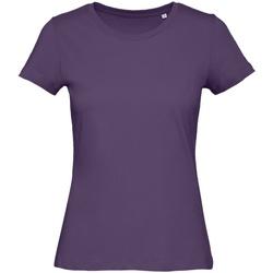 Textiel Dames T-shirts korte mouwen B And C TW043 Stedelijk Paars