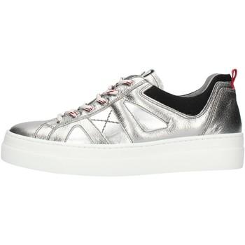 Schoenen Dames Lage sneakers NeroGiardini A909160D Silver