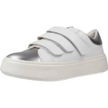 Schoenen Dames Sneakers Geox D NHENBUS C Wit