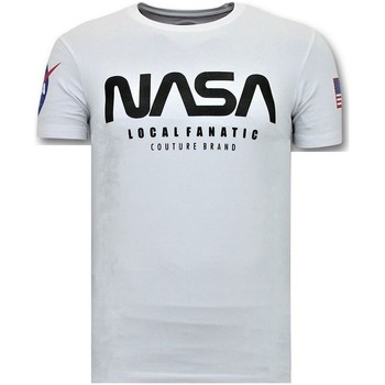 Textiel Heren T-shirts korte mouwen Local Fanatic Nasa American Flag Wit