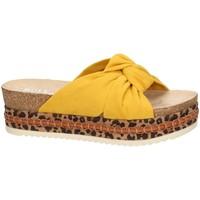 Schoenen Dames Sandalen / Open schoenen Bullboxer Bull Boxer sandales jaune 886030F1T Geel