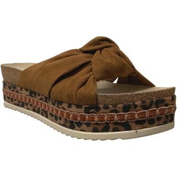 Schoenen Dames Leren slippers Bullboxer 886030f1t Fluweelbruin