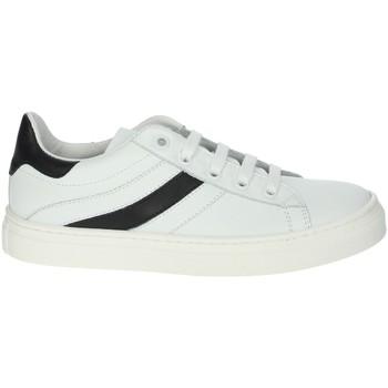 Schoenen Jongens Lage sneakers A.r.w. 6426AR White/Black