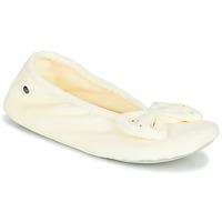 Schoenen Dames Sloffen Isotoner 95991 Ivory
