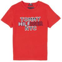 Textiel Jongens T-shirts korte mouwen Tommy Hilfiger KB0KB05848-XNL Rood