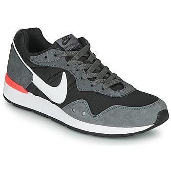 Schoenen Heren Lage sneakers Nike VENTURE RUNNER Zwart / Grijs / Wit