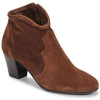 Schoenen Dames Enkellaarzen Betty London NORIANE Camel / Fluweel