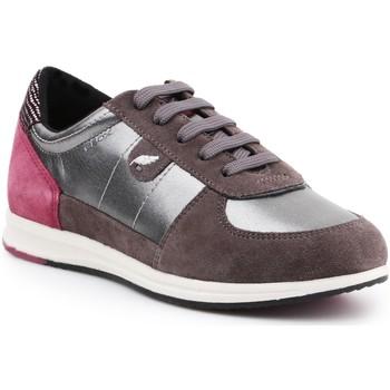Schoenen Dames Lage sneakers Geox D Avery B D52H5B-0AJ22-C1G9F brown, burgundy