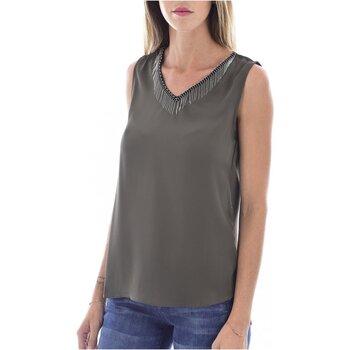 Textiel Dames Tops / Blousjes Molly Bracken G663A19 Groen