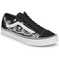 Schoenen Lage sneakers Vans STYLE 36 Zwart / Wit