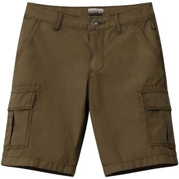 Textiel Kinderen Korte broeken / Bermuda's Napapijri NP0A4E4G Groen
