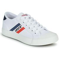 Schoenen Jongens Lage sneakers Levi's MISSION Wit