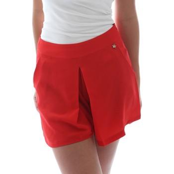 Textiel Dames Korte broeken / Bermuda's Fornarina BER1L17C98176 Rood
