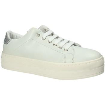 Schoenen Dames Lage sneakers Fornarina PE17MX1108C009 Wit