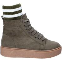 Schoenen Dames Hoge sneakers Fornarina PI18HR1128S083 Groen