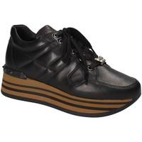 Schoenen Dames Lage sneakers Triver Flight 232-11A Zwart