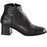 Schoenen Dames Enkellaarzen Mally 6357 Zwart
