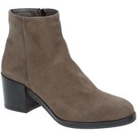 Schoenen Dames Enkellaarzen Grace Shoes 1826 Bruin