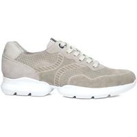 Schoenen Heren Sneakers CallagHan 17700 Beige