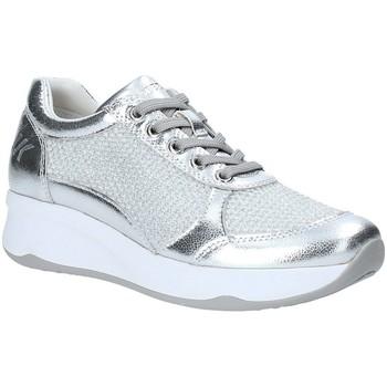 Schoenen Dames Lage sneakers Lumberjack SW35305 003 R77 Zilver