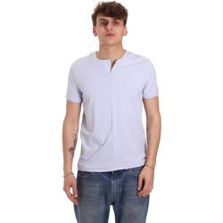 Textiel Heren T-shirts korte mouwen Gaudi 011BU64094 Paars