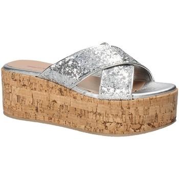 Schoenen Dames Leren slippers Fornarina PE18RO2916 Grijs
