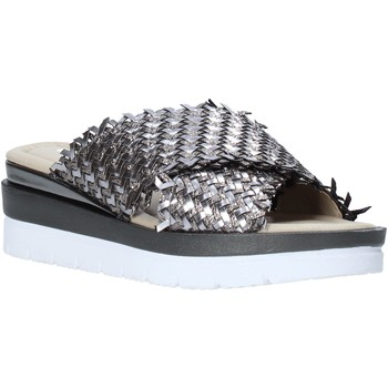 Schoenen Dames Leren slippers Valleverde 32140 Zilver