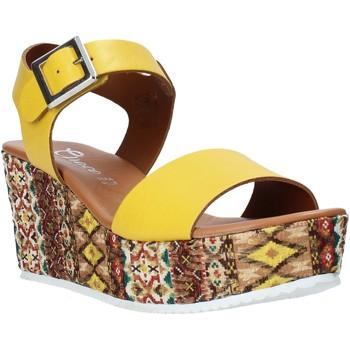Schoenen Dames Sandalen / Open schoenen Grace Shoes 06 Geel