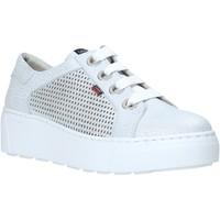 Schoenen Dames Lage sneakers CallagHan 14919 Grijs
